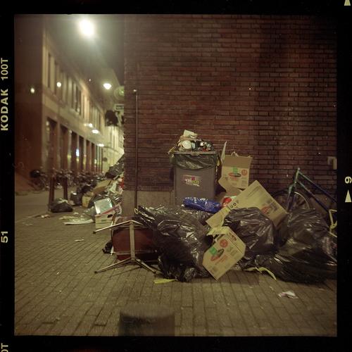 garbage-003