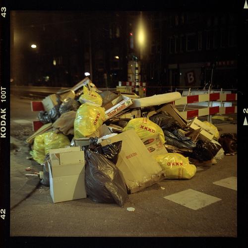 garbage-008